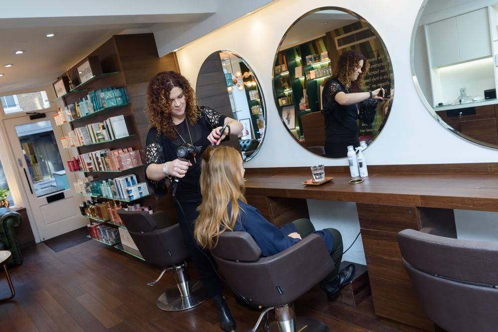 Fowler35 London Hair Salon blowdry